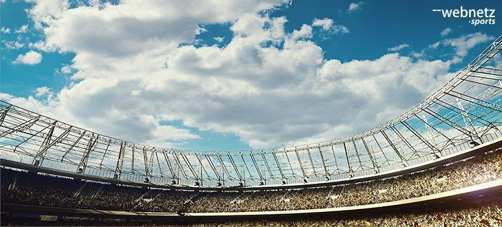 panoramabild auf himmel im stadion